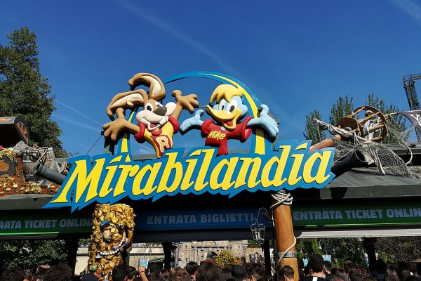 Mirabilandia winks at Valentino Rossi and concludes the agreement with Ducati
