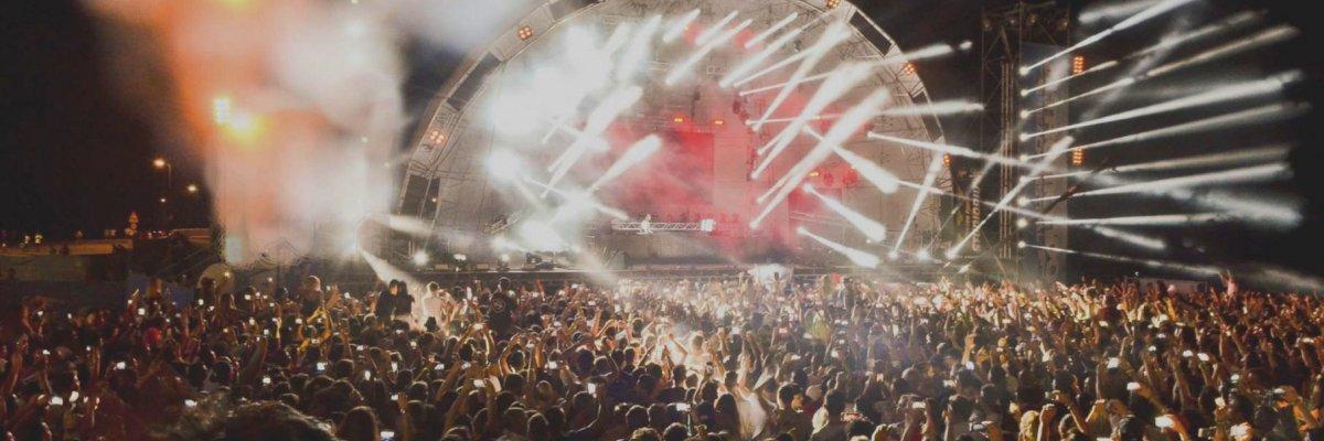 Rimini Beach Arena – Il divertimento sulle spiagge della Romagna non finisce mai
